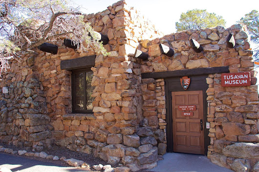 Grand Canyon History - Historic Buildings of the Grand Canyon