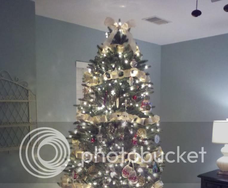 once upon a happy home: Oh Christmas Tree! Oh Christmas Tree!