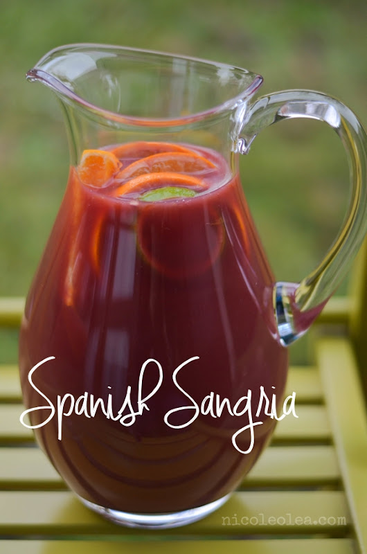 Spanish Sangria Recipe - Simply Me. A blog by Nicóle Olea