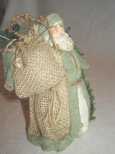 vihreäasuinen joulupukki