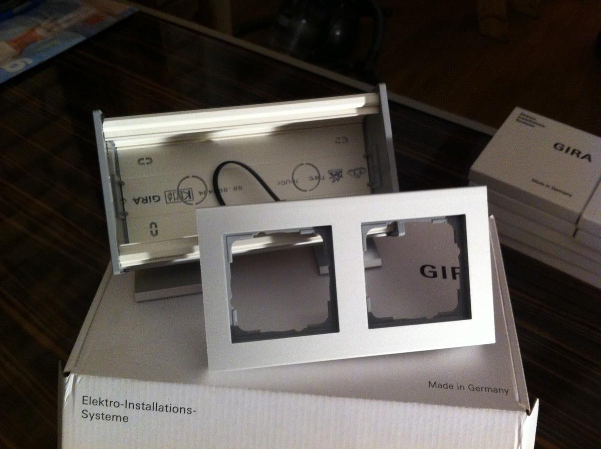 Gira Profil 55 Rahmen zum hinstellen - 1