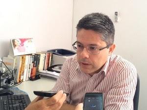 Delegado diz que criminoso era colega de trabalho do marido da vítima (Foto: Tasssio Andrade/G1)