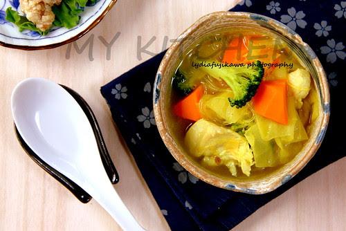 Indian-style veg soup