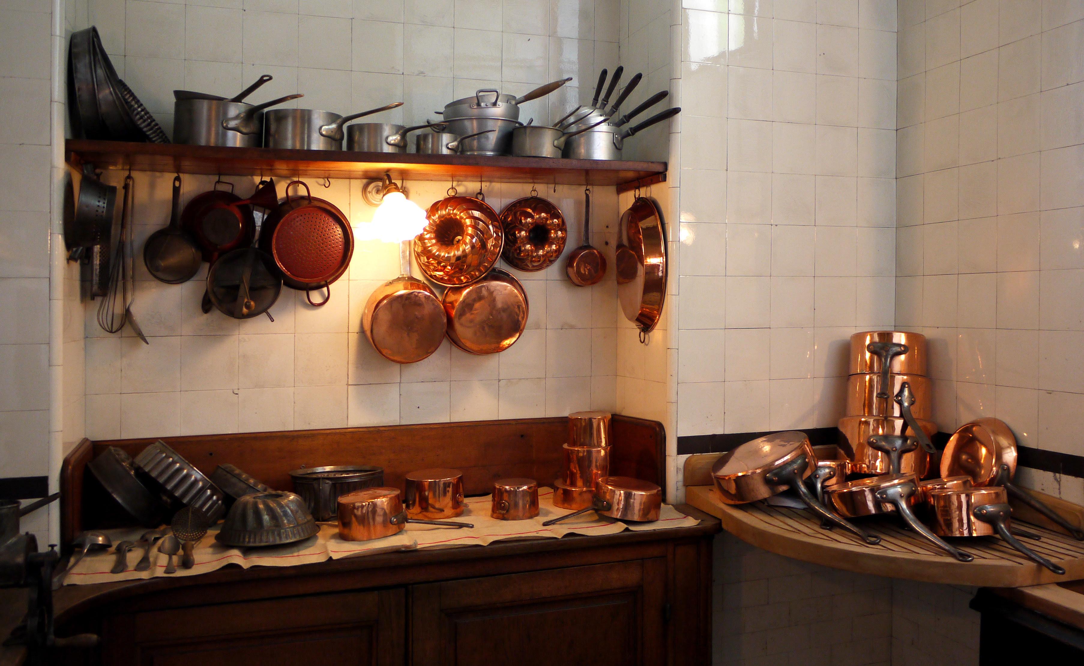 Kitchen utensil - Wikipedia, the free encyclopedia