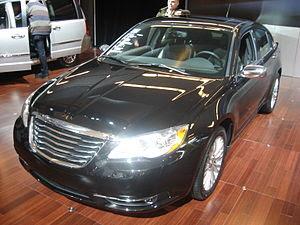 English: 2011 Chrysler 200 demonstration at th...
