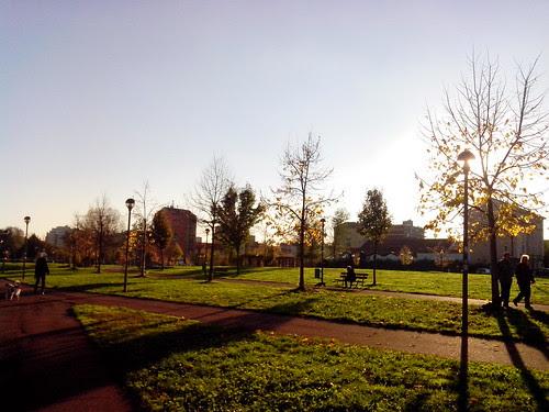 Limpido pomeriggio dal parco by Ylbert Durishti