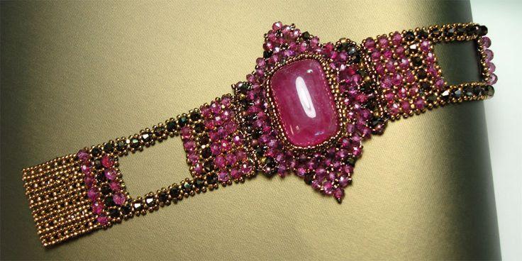 Crystal bead jewelry by Scarlett Lanson