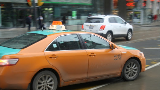 Toronto Taxi Alliance launches tip line, new training program for drivers