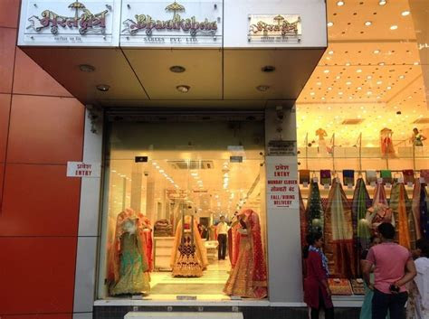 10 Wedding Lehenga Shops in Dadar which every Mumbai bride