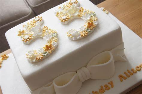 Floral 55th Birthday Cake   Bakealous