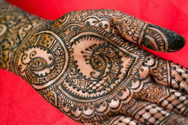 Full-Hand-Foot-Mehndi-Design-Picture-New-Indian-Pakistani-Mehndi-Patterns-for-Girls-Womens-2