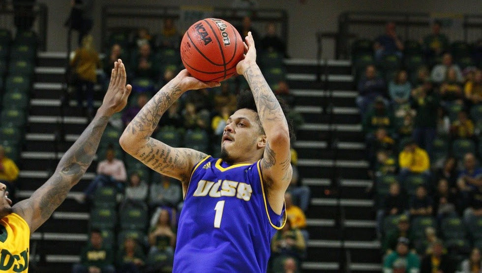Ar'Mond Davis scored 12 points in UCSB's 82-63 loss at North Dakota State on Sunday. (Photo by Xavier Bonner)