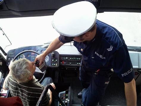 Znalezione obrazy dla zapytania Pijany kierowca wiózł autokarem dzieci