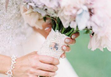 Tiny Photo Frames For Wedding Bouquets Uk Wedding Styling Decor
