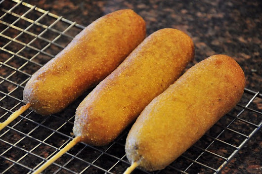 what the hell _does_ a vegan eat anyway?: Corn Dogs