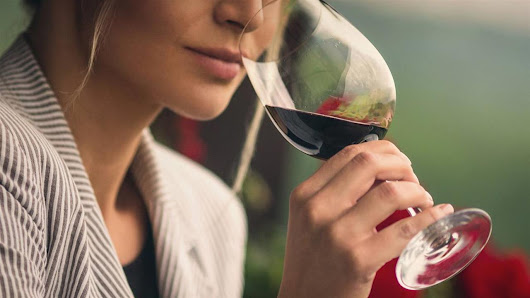 Women and Alcohol: One Glass a Day Linked to Cancer