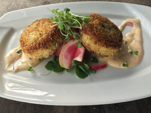 A recipe for Maine crab cakes from Diamond's Edge Restaurant