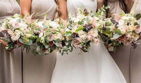 Top Wedding Flower Trends for 2018   weddingsonline