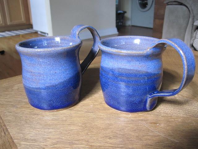 Mug pair