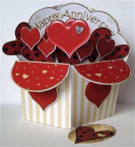 3D Anniversary Hearts Diagonal Rubber Band Pop Up Box Card