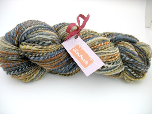 Hand Spun Corriedale Yarn  Sand and Sunset  by SaratogaSpinning