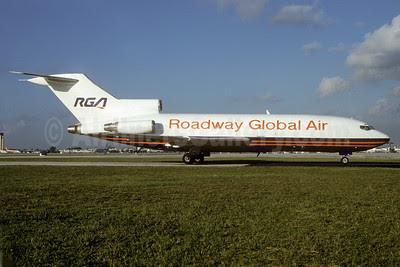 Roadway Global Air-RGA Boeing 727-82 (F) N357NE (msn 19405) MIA (Bruce Drum). Image: 103130.