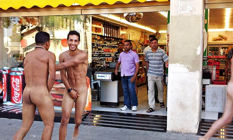 The naked Italians in Barcelona are a sad reflection on modern tourism