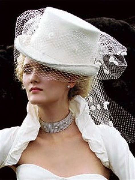 Best 25  Wedding top hat ideas on Pinterest   Black top