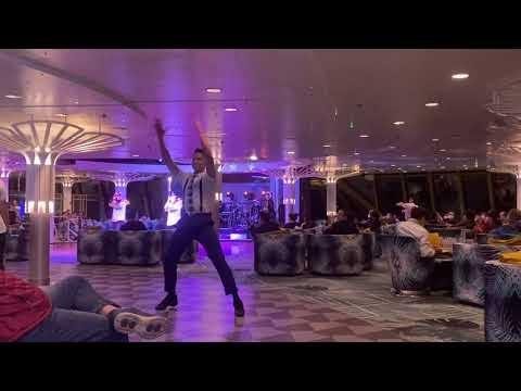 【星夢郵輪-探索夢號】棕櫚閣船長歡迎派對-zong lu ge