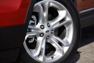 2012 Ford Explorer EcoBoost wheel