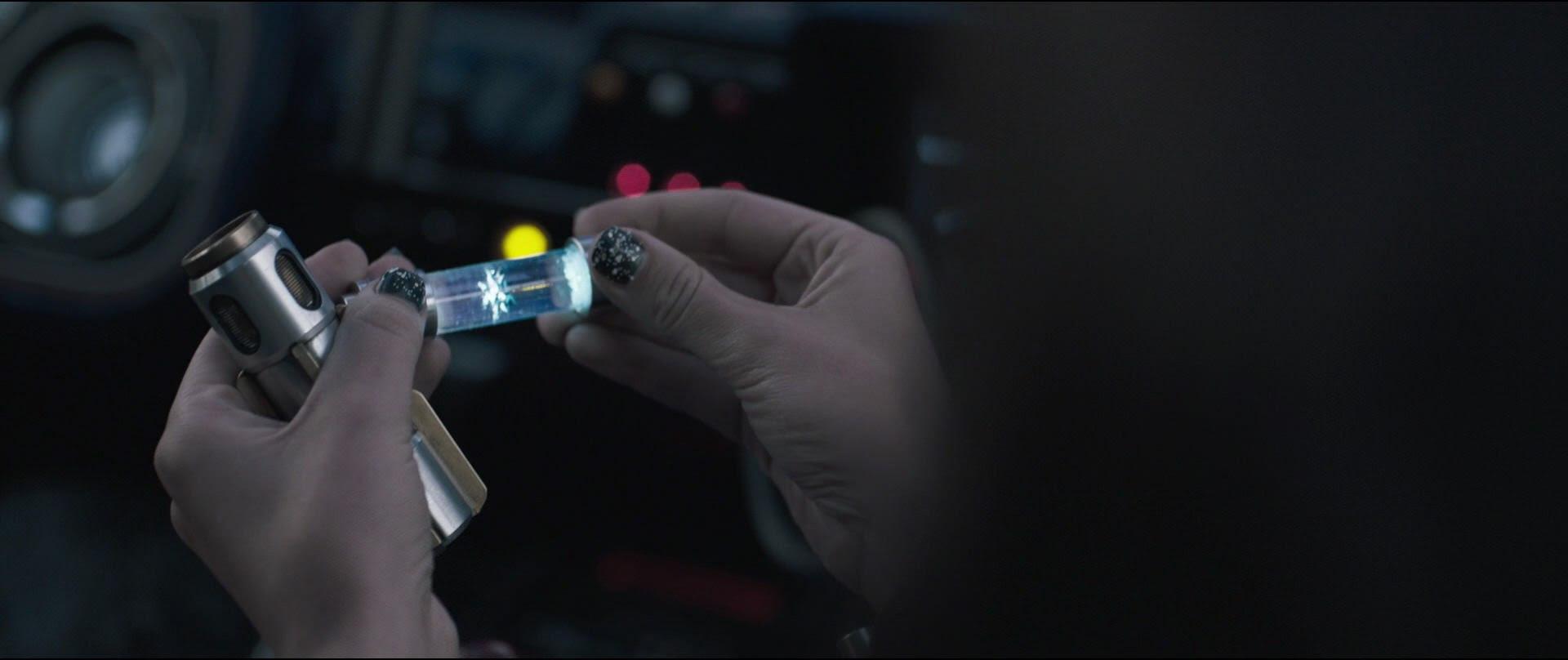 DIY: Qi'ra's Manicure | Anakin and His Angel