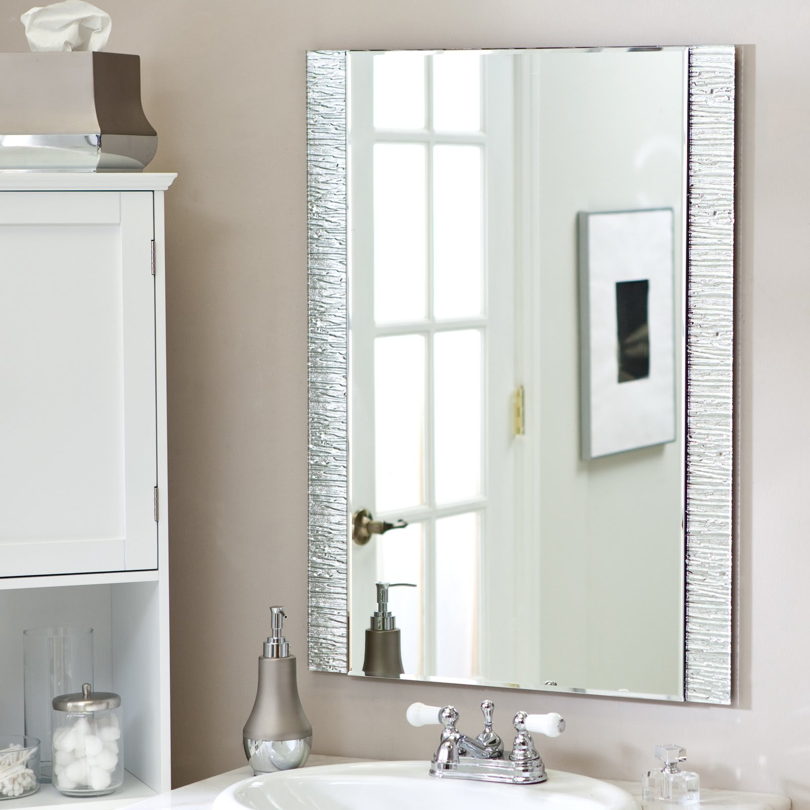 Contemporary-Bathroom-Mirror-Ideas