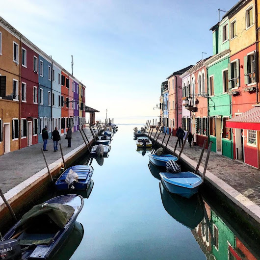 Burano, the colorful Island: a paradise for the photographers. -
