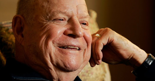 Don Rickles, Equal Opportunity Offender of Comedy, Dies at 90 - The New York Times