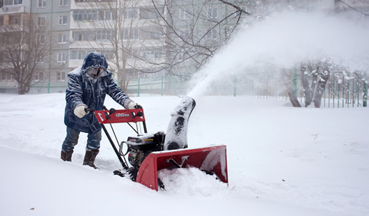 Best Snowblowers For Wet Snow - How Does Your Garden Mow