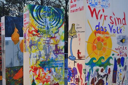 Dominosteine am Brandenburger Tor (30)