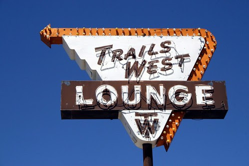 trails west lounge neon sign