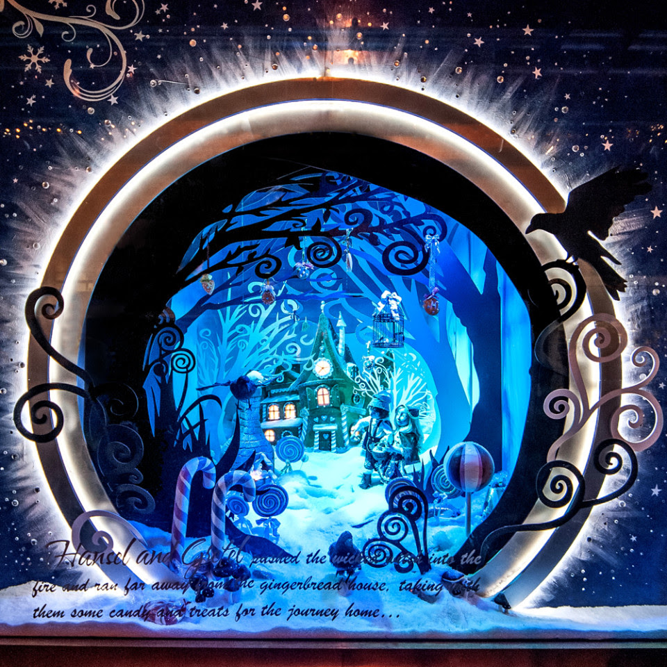 best-window-displays_fenwick-newcastle_2013_christmas_the-enchanted-forest_03