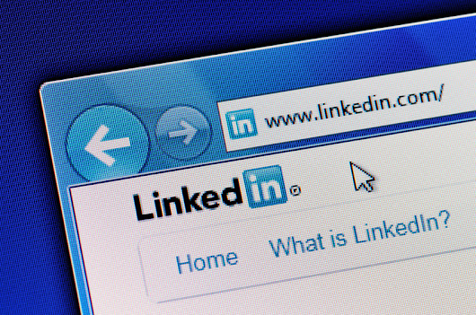 The Best Times to Publish on LinkedIn
