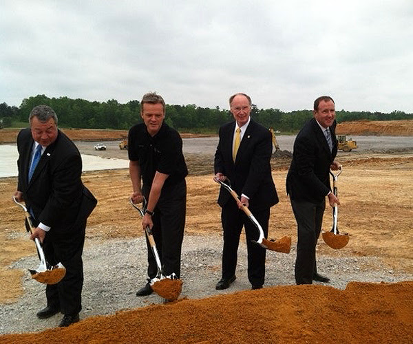 Logistics hub at Mercedes-Benz's Alabama plant will create ...