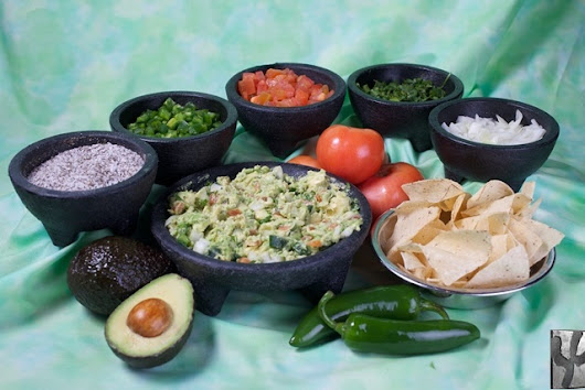 Free Guacamole on Guac Day | Iron Cactus Mexican Restaurants