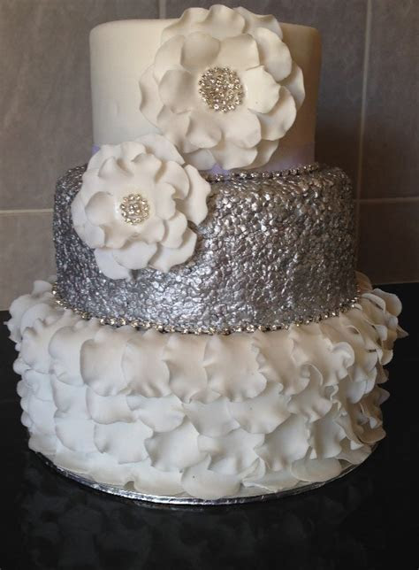 Sweet Expressions   Wedding Cakes