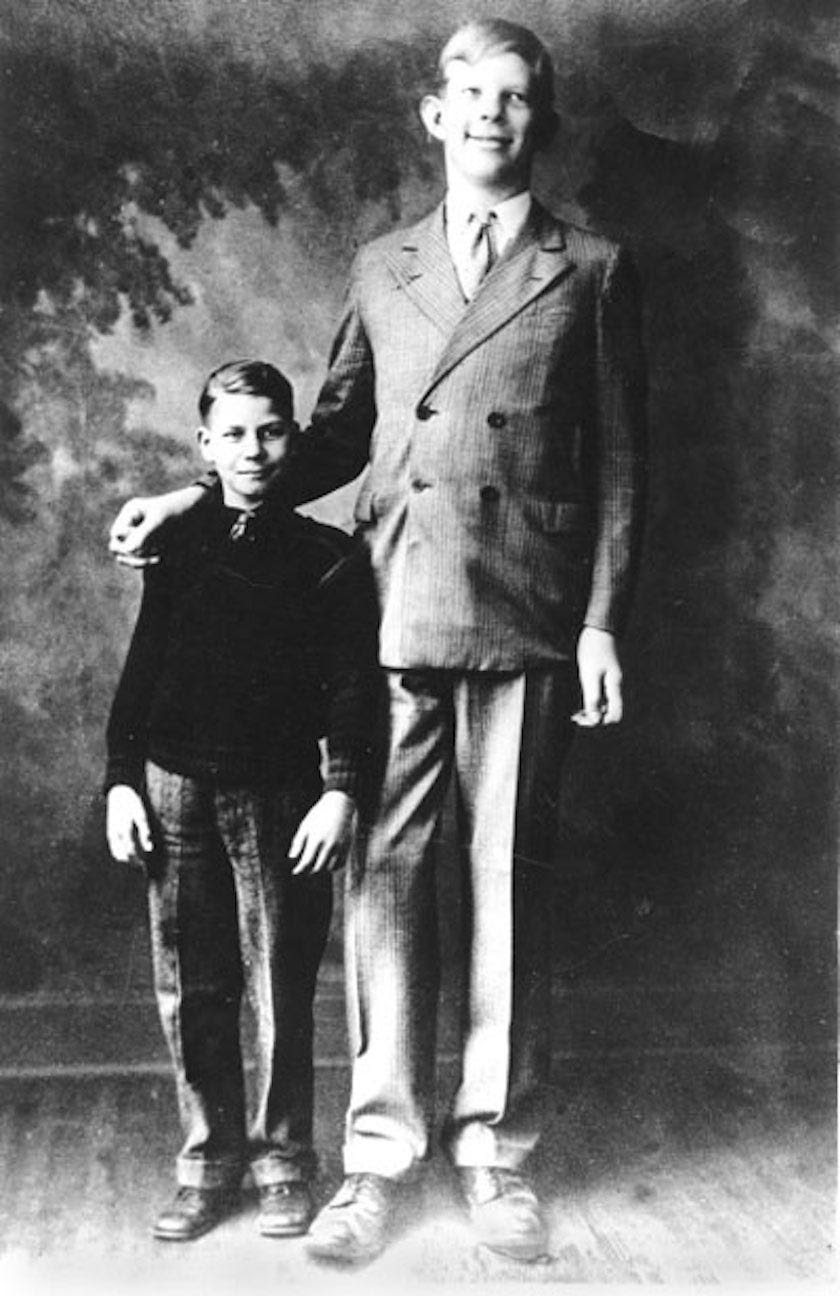 As a kindergartner, 5-year-old Wadlow wore clothes intended for a 17-year-old. Three years later, Wadlow towered at a height of 6 feet 2 inches and weighed nearly 200 pounds. By the time he was 10, Wadlow weighed 210 pounds and wore a size 17.5 shoe.