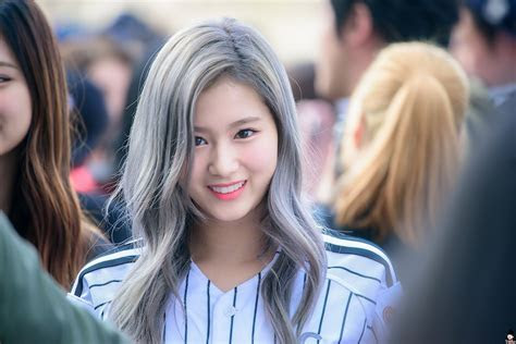 10 Times Sana Changed Her Hair Color Since Debut ? Koreaboo