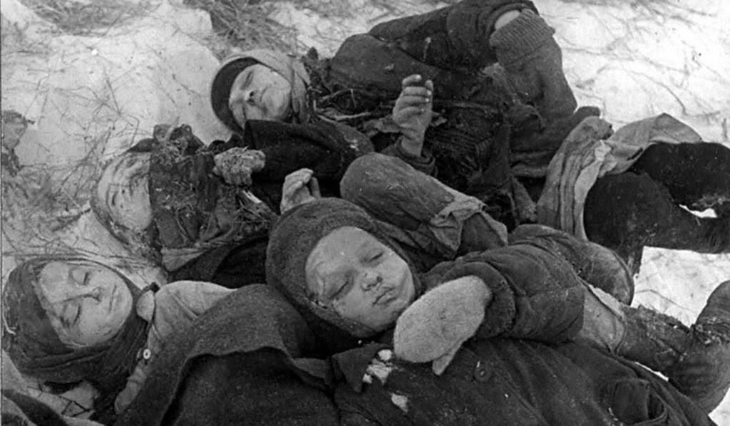 Замученные дети. 1942 г. Сталинград