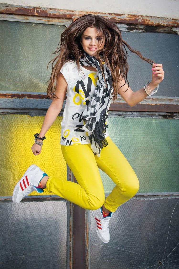 Selena-Gomez-Adidas-Neo-Photoshoot-Pictures-7