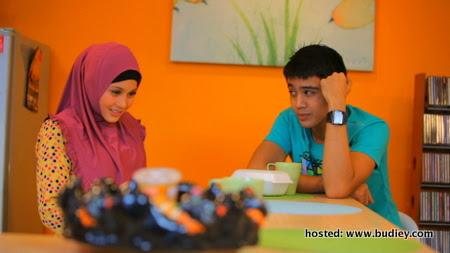 Antara Kita ... gandingan Alif Aziz dan Anne Ngasri