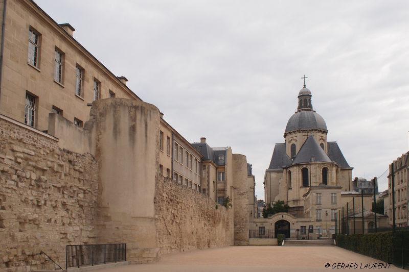 Rue Des Jardins Saint Paul