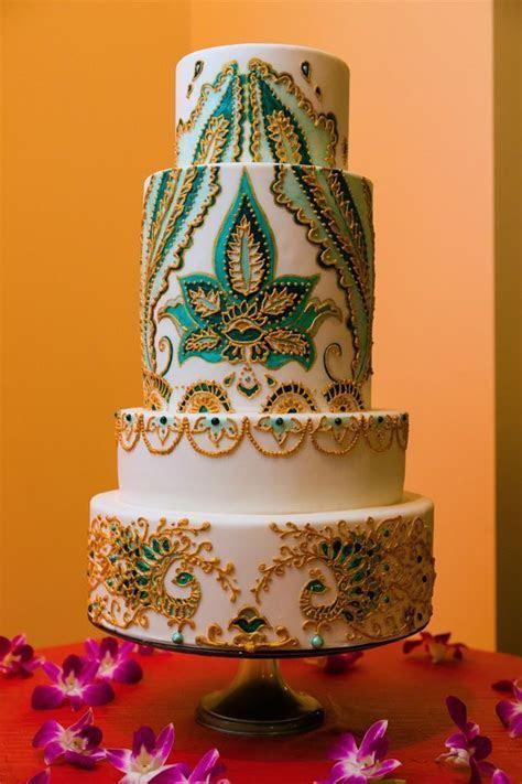 Beautiful Mehndi Design Wedding Cake 2016   Photography