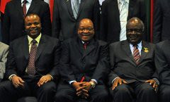 African leaders discuss a regional economic bloc for the continent. Pictured above, King Mswati III of Swaziland (r), Presidents Jacob Zuma of South Africa (c) and Hifikepunye Pohamba of Namibia. The tripartite bloc would merge EAC, SADC and COMESA. by Pan-African News Wire File Photos